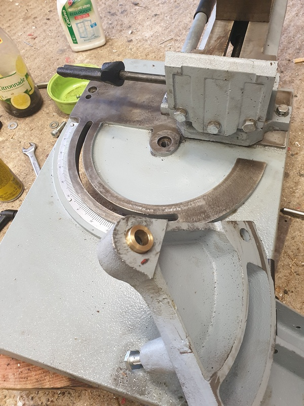 """Retrofit"" scie à ruban métal , type BS128 020"