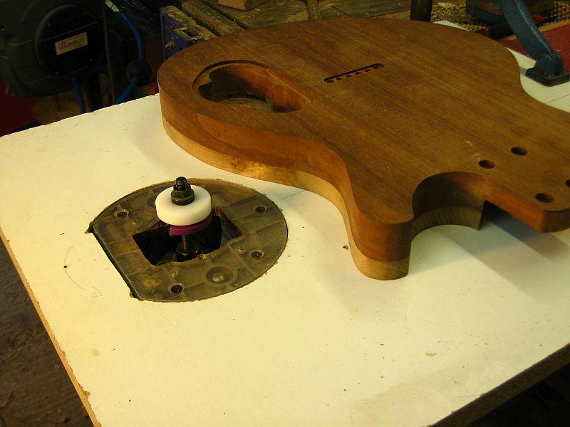 Fabrication d'une guitare Electrique : Terminée le 26/12/2014 - Page 2 159