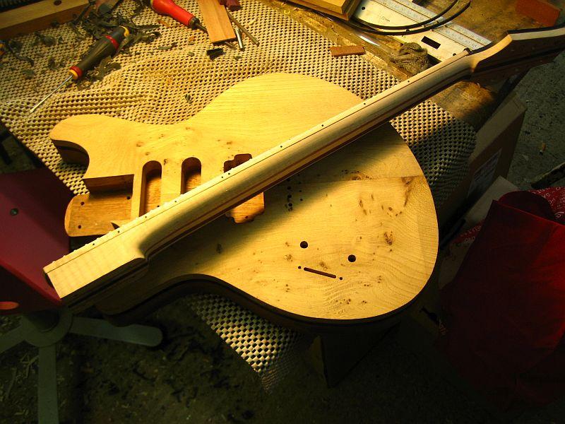 Fabrication d'une guitare Electrique : Terminée le 26/12/2014 - Page 2 169