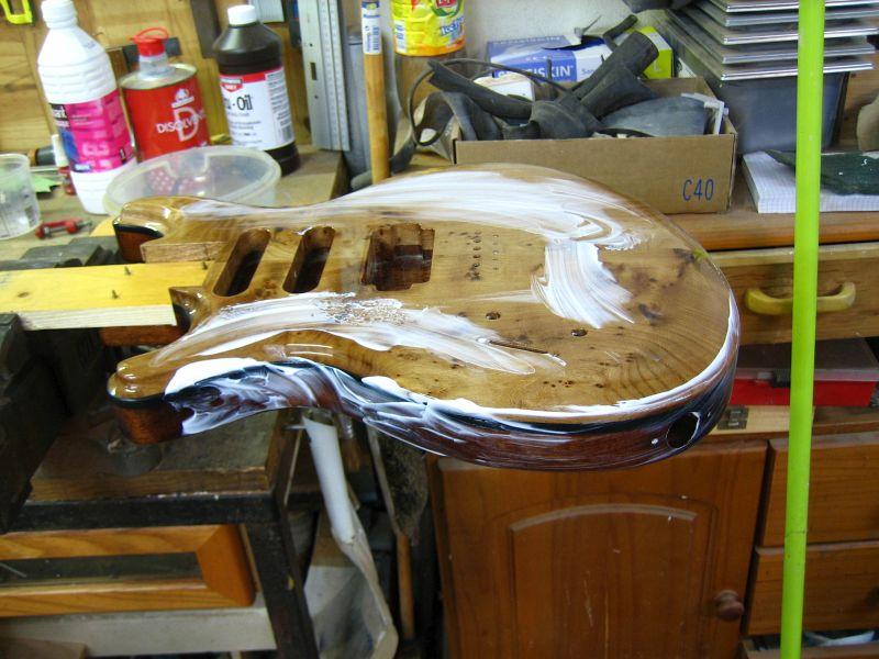 Fabrication d'une guitare Electrique : Terminée le 26/12/2014 - Page 4 204