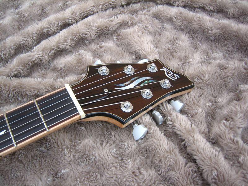 Fabrication d'une guitare Electrique : Terminée le 26/12/2014 - Page 4 217