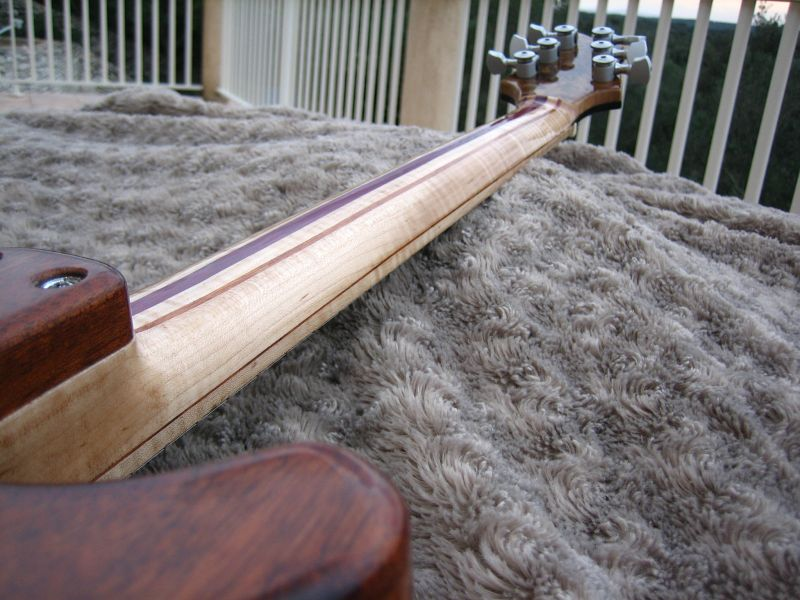 Fabrication d'une guitare Electrique : Terminée le 26/12/2014 - Page 4 227