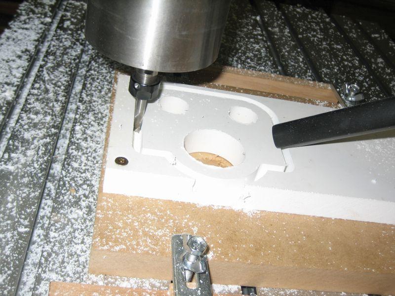 Une CNC de plus... La 6040 de Strib 036