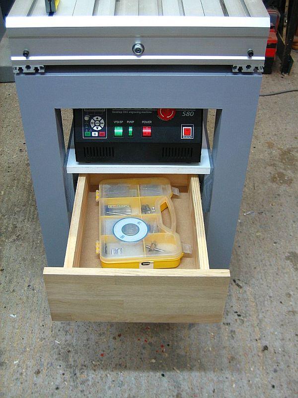Une CNC de plus... La 6040 de Strib - Page 3 045