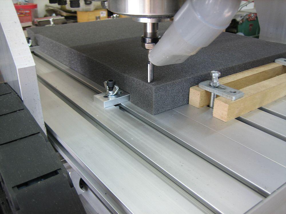 [CNC] Fabrication de mousses de calage d'outils pour servante (CNC 6040 數控銑床 ;) ) 02